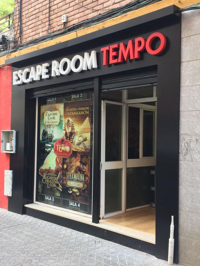 Puerta de entrada Escape Room en Sevilla